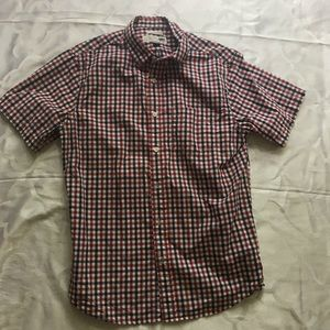 Old navy casual button down cotton shirt size M.